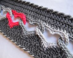 "Interlocking hearts crochet. (This link actually takes you to the pattern that you have to purchase. Not the scam ""loading pinterest"" website.)"