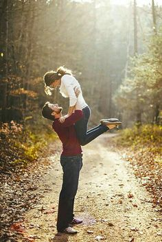 #fall #engagementphoto #love http://Www.customdreamgowns.com
