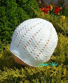 Crochet Hats, Fashion, Hobbies, Knitting Hats, Moda, Fashion Styles, Fashion Illustrations