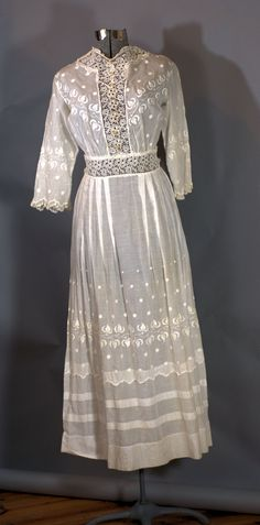 Edwardian Antique dress.1900 White Embroidered Tea Dress Size XXSmall