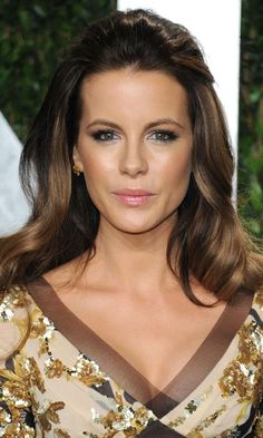 Celebrity Half-up Half-down Hairstyles 2015 Kate-Beckinsale-Back Oscar Hairstyles, Elegant Hairstyles, Down Hairstyles, Wedding Hairstyles, Bridesmaid Hairstyles, Bridal Hairstyle, Beautiful Hairstyles, Hair Updo, Celebrity Hairstyles