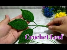 Crochet Leaf For Flower Rose~~ Toturial Daun Rose Crochet Leaves, Crochet Doilies, Crochet Flowers, Crochet Flower Tutorial, Rose Leaves, Bunting, Diy And Crafts, Crochet Earrings, Crochet Patterns