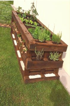 #Hedges #diy #ideas Pallets DIY raised bed  terrace ideas  Katie   Pallets DIY raised bed  terrace ideas  Raised bed  brp classfirstletterThe adequate image We Offer You About palettespIf you use this pin where significant size is required the width and height of the pin will also be very important to you Therefore we wanted to give you information about this The width of this pin is 736brThe height of the pin is determined as 731 You can use the pin quite comfortably in places where this…