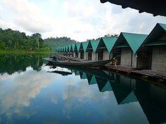 Raft Houses op het meer bij Khao Sok