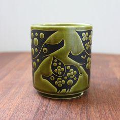 Piggies. Vintage 1970s Hornsea mug Clappison design. by Kultur