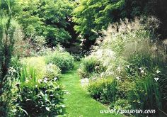 Garden Tour Mania: How To Find Your Authentic Voice