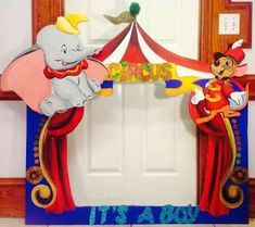 Dumbo Photo frame prop for pictures with guest's Diy Mermaid Birthday Party, Dumbo Birthday Party, Circus Birthday, Baby Party, Baby Birthday, Carnival Themed Party, Carnival Birthday Parties, Circus Party, Party Themes