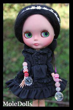 OOAK Custom Blythe N.48 by MoleDolls   Flickr - Photo Sharing!       Love the dress