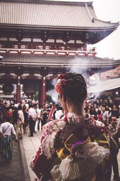 Prayers At Asakusa Shrine Tokyo [OC] [1068x1600]
