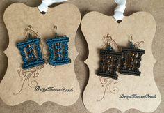 Beaded Macrame Earrings por PrettyKnotsnBeads en Etsy