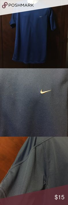 🎈🎈🎈Like new ! final price 💙 💙💙💙Men's extra-large Nike shirt Nike Shirts Tees - Short Sleeve
