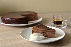 Král dortů - vídeňský sacher    http://tomichutna.cz/sacher-dort-originalni-recept-sachr