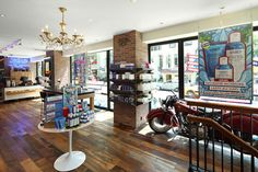 Kiehls Retail Store and Spa 1851, New York store design