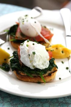 Eggs Florentine with Baby Spinach and Goat Cheese on Green BEAN Delivery's Healthy Times Blog