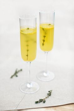Orange and thyme cocktails