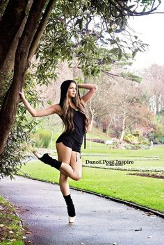 Yoga Girls 617696905123152330 - Kianna by Alice Speller Source by Dance Photography Poses, Dance Poses, Dance Photo Shoot, Belly Dancing Classes, Poses Photo, Shooting Photo, Ballet Beautiful, Dance Pictures, Dance Art