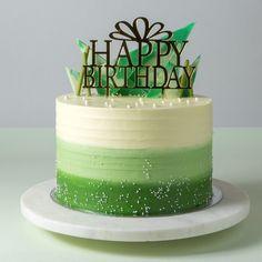 Happy Birthday Cake Hd, Green Birthday Cakes, Beautiful Birthday Cakes, Birthday Cakes For Men, Cake Decorating Books, Cake Decorating Designs, Birthday Cake Decorating, Cake Decorating Techniques, Bolo Drip Cake