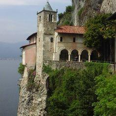 #milanodavedere#loveitaly#lombardy#instagoods#instaliker#holidays#lago#lake#lombardia#instagram#instagoods#instamoods#instalikes by wesley0581