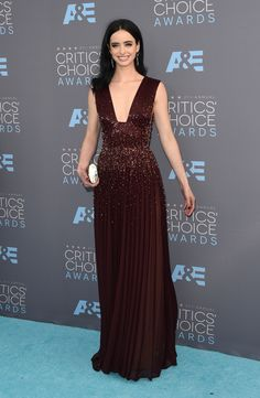Krysten Ritter in Zuhair Murad Couture with Jimmy Choo clutch and H. Stern earrings - The 21st Annual Critics' Choice Awards - January 17, 2016