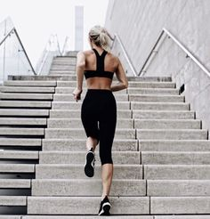 Get in shape with these awesome fit college hacks! The post Get in shape with these awesome fit college hacks! appeared first on fitness. Body Fitness, Forme Fitness, Fitness Home, Musa Fitness, Fitness Goals, Planet Fitness, Funny Fitness, Health Fitness, Fitness Music