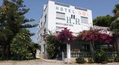 Hotel Residencia Sol - 1 Star #Hotel - $104 - #Hotels #Spain #Benicarló http://www.justigo.com/hotels/spain/benicarlo/residencia-sol_25157.html