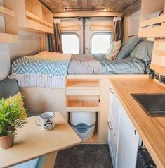 I'd take this over a night in a hotel any day! Who else agrees? Van Life Movement // Tiny Living // Tiny House on Wheels // Van Conversion // Van Living // Tiny Home // Architecture // Home Decor Bus Life, Camper Life, Diy Van Camper, Camping Car Van, Van Interior, Interior Design, Interior Ideas, Plywood Interior, Camper Interior