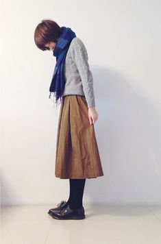 How tо Wear Clothes thаt Flatter Yоu Quirky Fashion, 60 Fashion, Japan Fashion, Modest Fashion, Skirt Fashion, Winter Fashion, Fashion Outfits, Womens Fashion, Mode Outfits