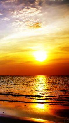 Breathtaking! Sea, sunset, sky, softness.