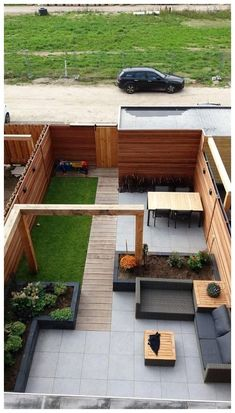 Amazing Fresh Frontyard and Backyard Landscaping Ideas Give your backyard or front lawn a fresh look this season with these gorgeous garden design ideas.Give your backyard or front lawn a fresh look this season with these gorgeous garden design ideas.