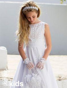 Vestidos de Comunión originales, con aire fresco y muy versátiles para que las más pequeñas | HISPABODAS