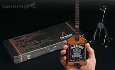 michael-anthony-jack-daniels-bass-miniature-replica_2