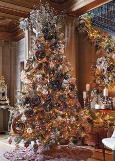 We are going to try this for our ribbon on the classic tree. Something totally new!