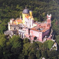 Palácio da Pena in Sintra.One of the seven wonders of Portugal. This Monument was an amazing/wonderful place to visit. Ex Libris, Vacation Places, Dream Vacations, Places To Travel, Sintra Portugal, Lisbon Map, The Places Youll Go, Places To Visit, Pena Palace