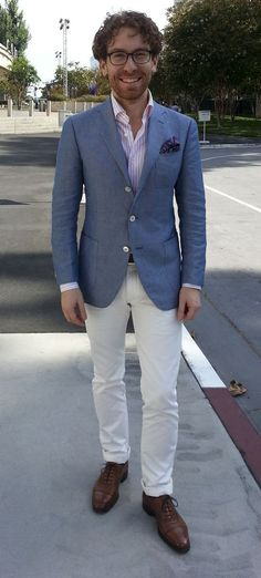 Summer blazer, white pants and brown brogues!