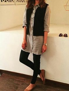 Formal outfit ideas for Indian women Source by outfits indian Formal Outfits For Women, Formal Wear Women, Clothes For Women, Formal Tops For Women, Formal Jackets For Women, Western Dresses For Women, Kurta Designs Women, Blouse Designs, Indian Attire