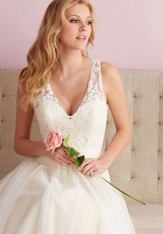 chapel train v-neck natural waist button a-line wedding dress - Frankc.com