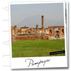Pompeya es una ciudad fascinante, una foto que nos muestra como vivían los romanos, sus costumbres, sus miedos... todo bastante parecido a nosotros, por cierto.