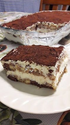 Brownie Recipes, Sweets Recipes, Cake Recipes, Bolo Neon, Greek Desserts, Snap Food, Food Snapchat, Think Food, Desert Recipes