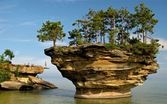 Turnip Rock on Lake Huron reminds me of floating cities, water and air!