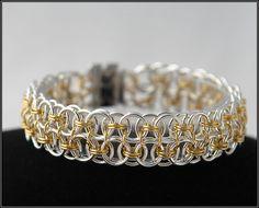 TUTORIAL Stylish bracelet. $4.90, via Etsy.