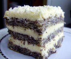 Przepis na ten tort znalazłam na forum Cook Talk , ale pozmieniałam po swojemu tak składniki jak i sposób wykonania Składniki Ciasto: * 4 całe jajka * 2 białka * 150 g cukru * 2 łyżki oleju * 3 łyżki (z małą górką) mąki * 80 g zmielonego maku (mieliłam w młynku do kawy) * 1 łyżeczka… Polish Desserts, Polish Recipes, Sweet Recipes, Cake Recipes, Dessert Recipes, Kolaci I Torte, Different Cakes, Christmas Baking, Chocolate Recipes