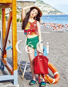 Sulli is a cute beach babe in Italy for the cover of 'Ceci' | allkpop.com