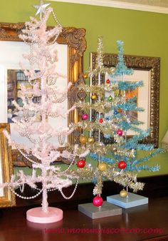 mommy is coo coo: Christmas Decor  all mommies are aren't they?