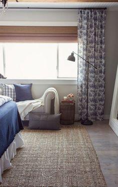 Lniany dywan w sypialni - Lovingit.pl