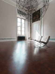 For the Lounge Lovers: The Barcelona Chair http://decdesignecasa.blogspot.it