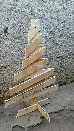Fabulous Pallets wood Tree Projects For Happy Christmas