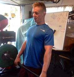 NZ Ice Hockey sensation and personal trainer Chris Eaden tests out our short sleeved crew. £60. http://www.latitude60s.com/men/short-sleeve-crew-top