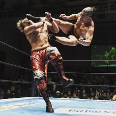 njpw1972 #SUZUKI vs #YOSHIHASHI !! #njkizuna #njpw  http://sp.njpw.jp Korakuen Hall 2017/06/26 22:49:40