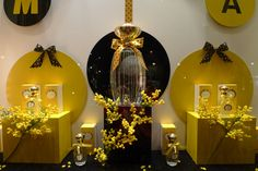 "Vitrine Annick Goutal ""Mimosa"", Paris, février 2011 