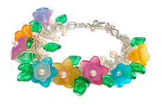 Lucite & pearl bracelet for spring | BeadStyleMag.com